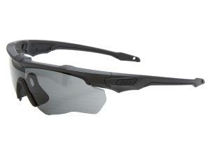 EE9034-104フレーム:マットブラック、レンズ:スモークグレイ